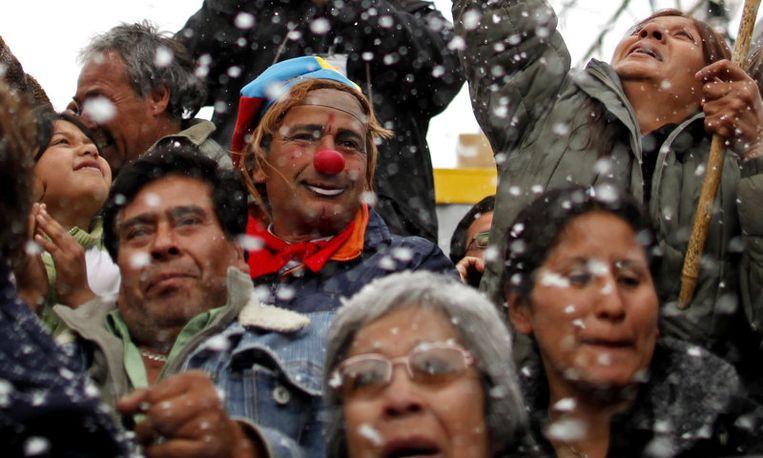 In het supportersteam voor Mario Gomez bevond zich ook een mijnwerker die bijverdient als clown. Beeld UNKNOWN