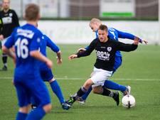 Olaf Kluitenberg met schaduwteam tegen Oranje zaalteam