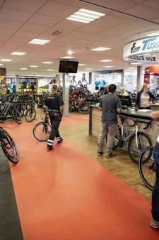 Elf fietsenhandelaren in Enschede proberen komst van nóg een concurrent te voorkomen