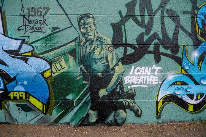Un graffiti représentant la mort de George Floyd à Minneapolis.