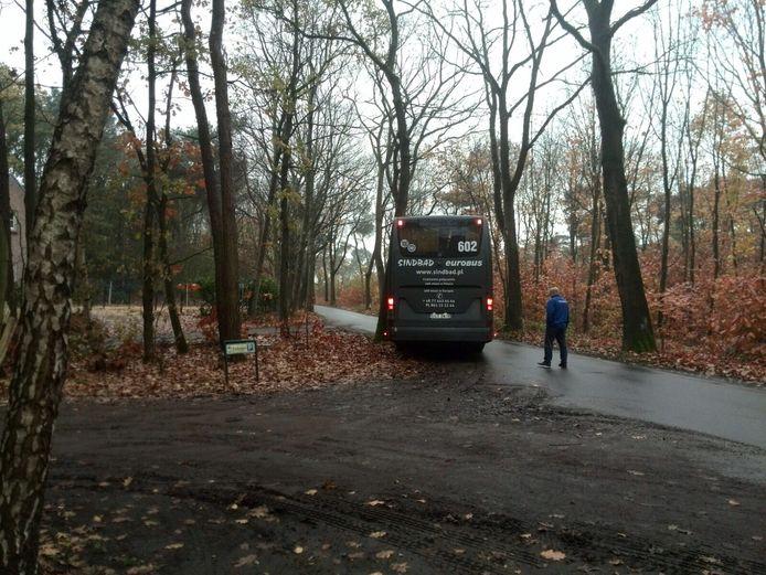 Poolse bus bij de Bikkels in Vlierden