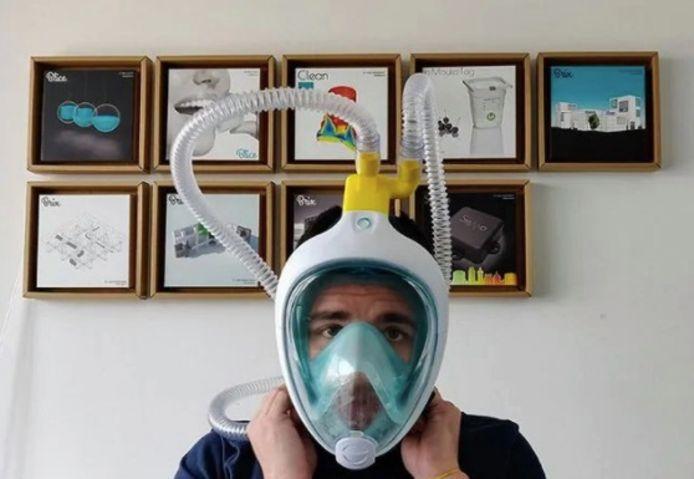 Op vraag van een dokter werden 'hulpstukken' gebouwd om het snorkelmasker aan te sluiten op een beademingstoestel.
