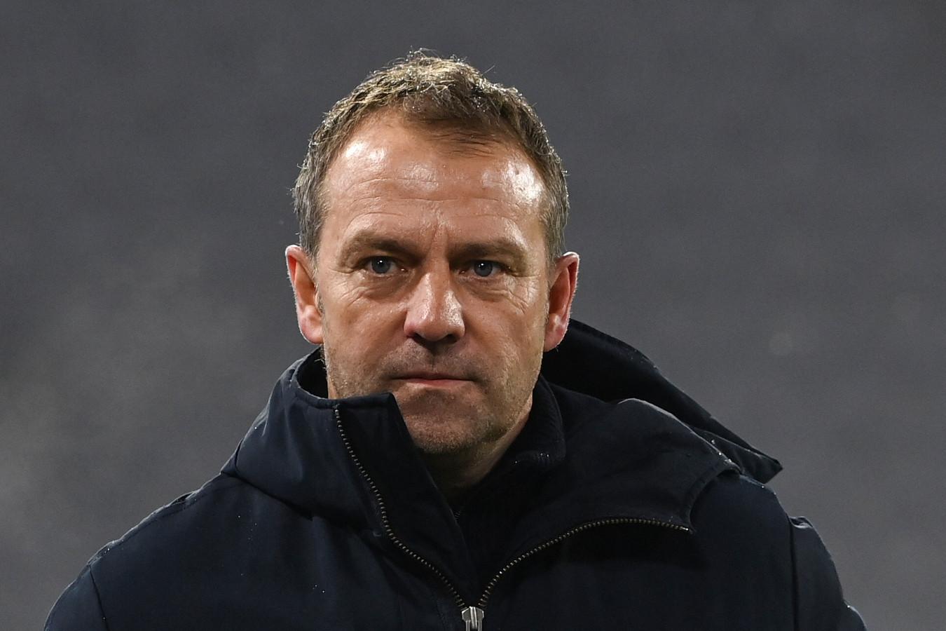 Hansi Flick ligt flink overhoop met de clubleiding van Bayern München.