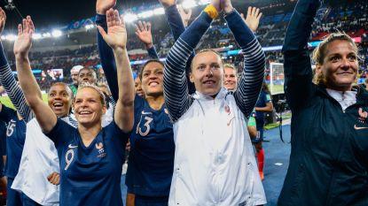 Football Talk. Franse vrouwen winnen makkelijk - Spanje slikt tegengoal tegen Faeröer