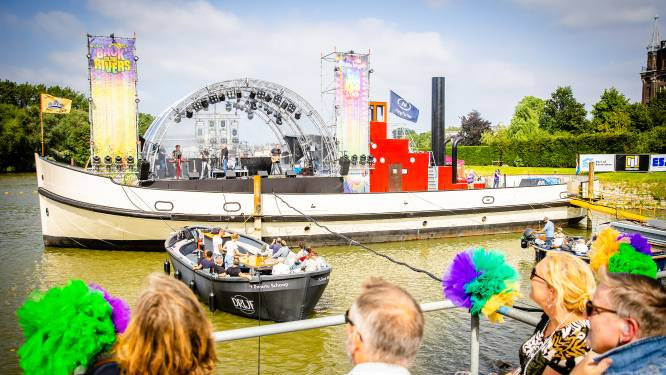 Dordtse festivalzomer tóch van start: op 1,5 meter genieten van concerten op het water