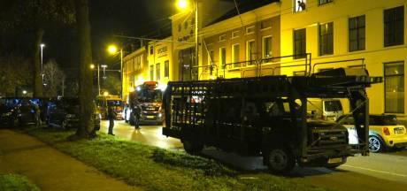Arnhem opgeschrikt door geweldsincidenten: 'Heb je die flits gezien en die knal gehoord? Er is geschoten!'