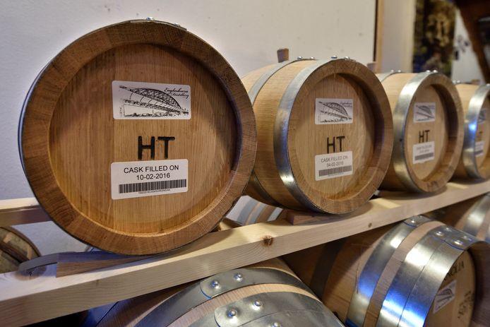 De eerste vaten Gelderse whisky.