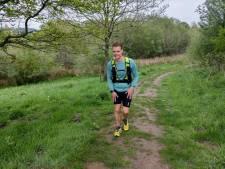Addie uit Best rent 500 kilometer en verpulvert record Pieterpad: 'Telkens als ik instortte, dacht ik aan mijn overleden vader'