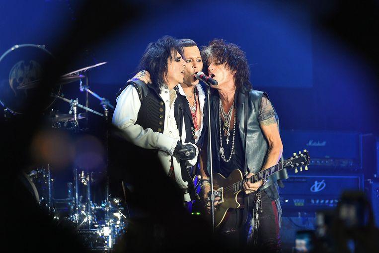 Alice Cooper, Johnny Depp en Joe Perry eind mei in het Olympisch Stadion in Moskou.