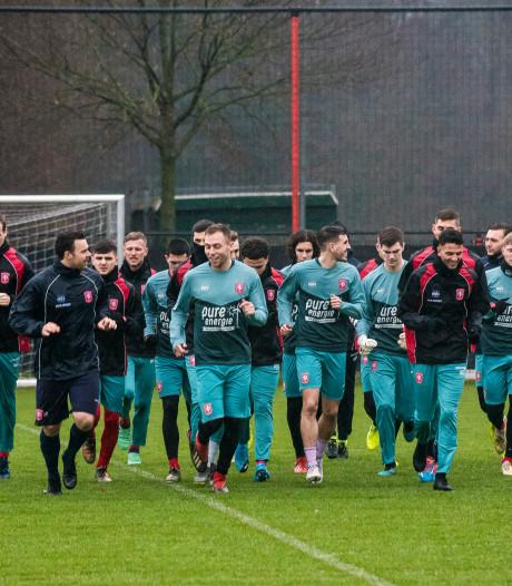 FC Twente en Heracles leggen spelers een reisverbod op