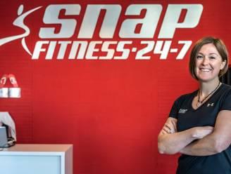 """Na maanden wachten kan Lieve (37) fitnesscentrum eindelijk openen: """"Klok rond fitnessen met dank aan badgesysteem"""""""
