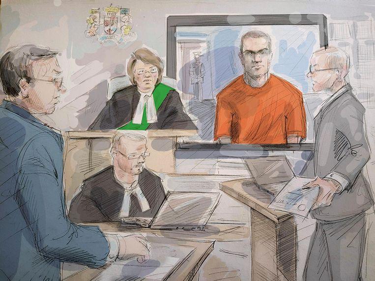 Minassian tijdens een rechtzaak in 2018 in Toronto. Hij verscheen via videoverbinding. Beeld AP