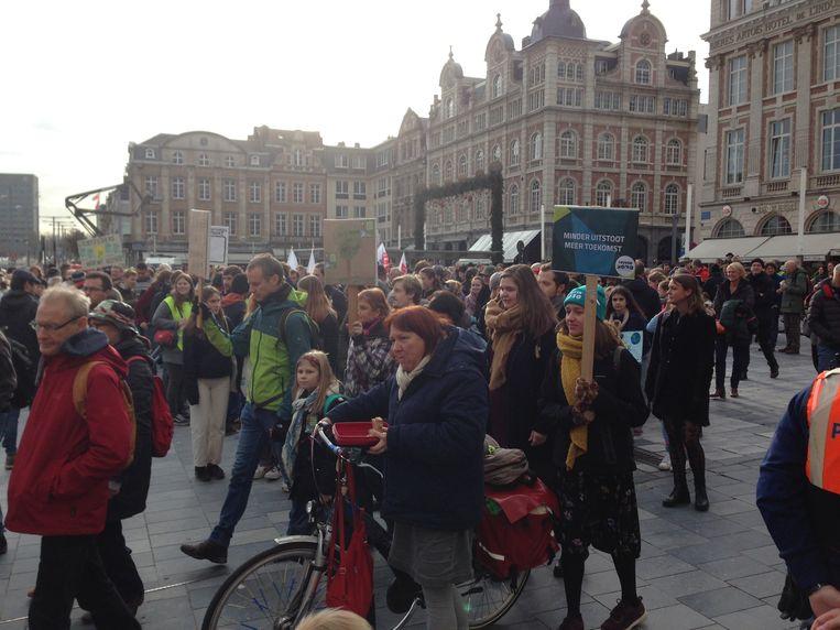 De mars ging gepaard met het nodige lawaai om aandacht te vragen voor de klimaatverandering.