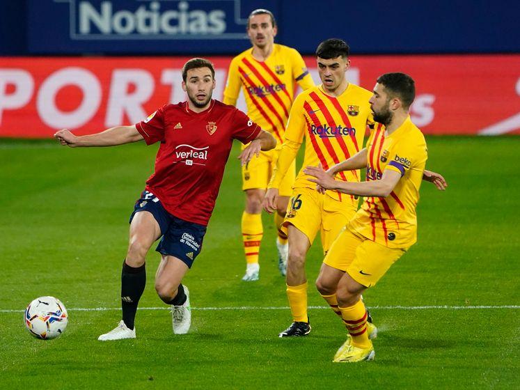 Alba en Moriba loodsen Barça langs Osasuna