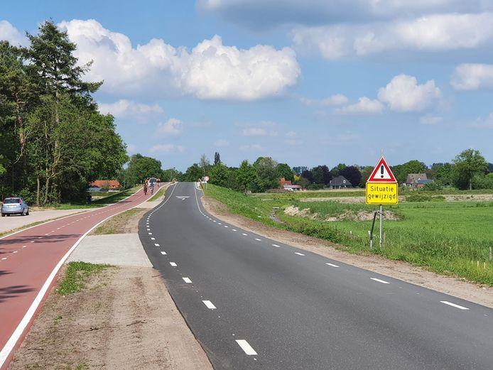 De Riethovense kant van het viaduct Molenstraat over de N69