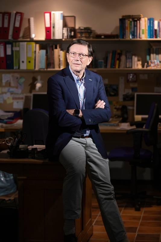 Wim Schellekens, oprichter/initiatiefnemer het Red Team,  een groep experts die tegengas wil geven aan het Outbreak Management Team (OMT).