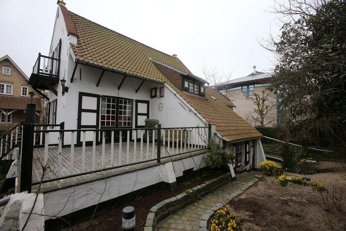 Een van de typische villa's in de Dumontwijk.
