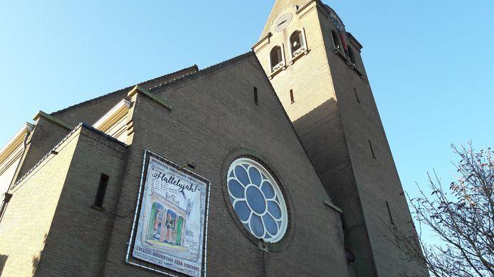 De kerk in de Schijndelse wijk Boschweg bood vorig jaar plaats aan de voorstelling Hallelujah van de Boschwegse Toneelgroep. Dit jaar staat dezelfde groep met de voorstelling Te Gek! in de voormalige kerk.