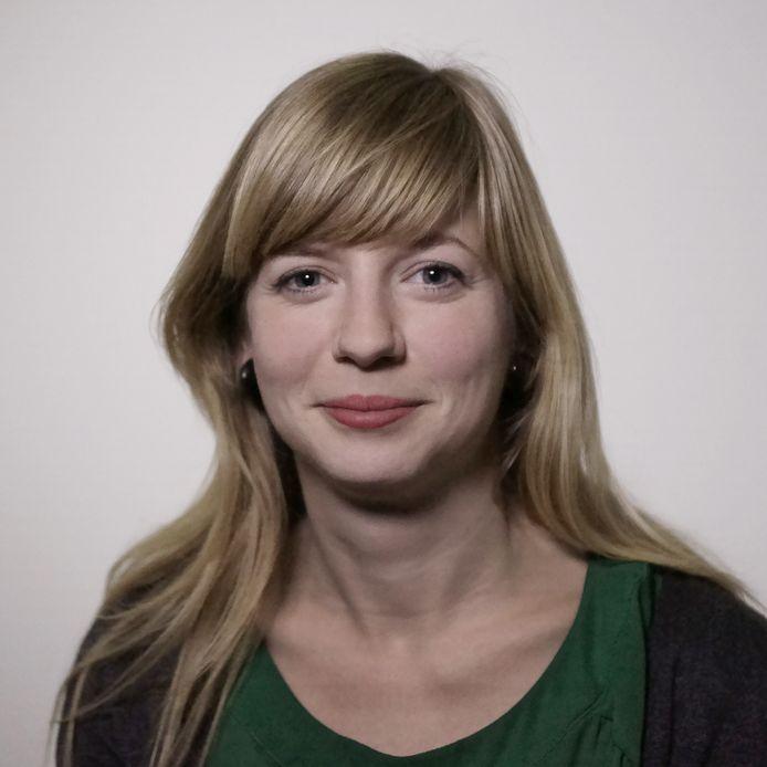 Raadslid Querien Velter legt haar functie halverwege oktober neer en verhuist waarschijnlijk naar Maassluis.