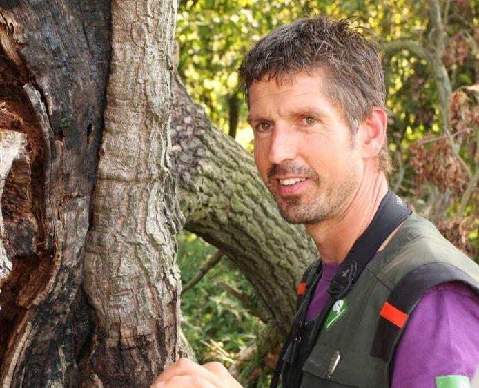Boswachter Rein Zwaan maakt zich zorgen over de mensen die de afzettingen negeren: 'We zijn heel helder: blijf uit de bossen, het is levensgevaarlijk!'