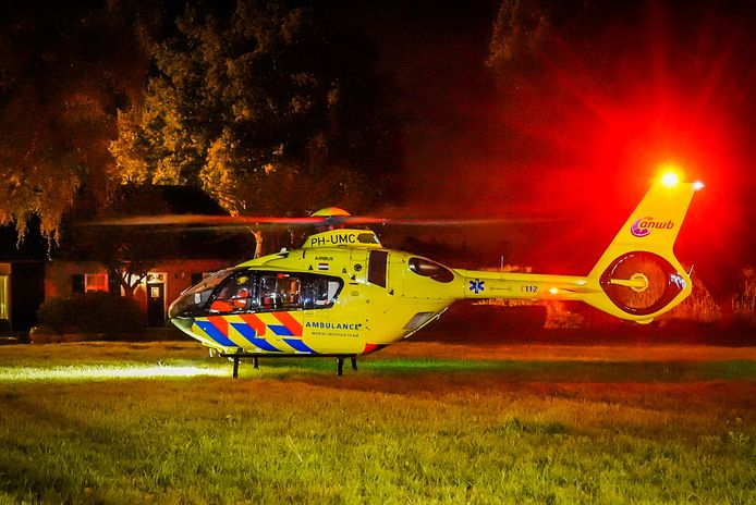 Traumahelikopter geland bij ongeluk in Sint-Oedenrode.