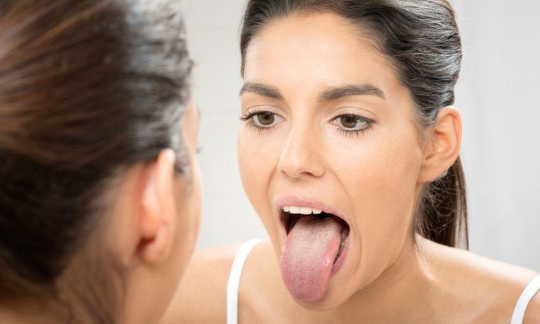 Waarom je tong poetsen een goed idee is