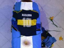Maradona wordt vandaag al begraven in Jardin de Paz, naast zijn ouders