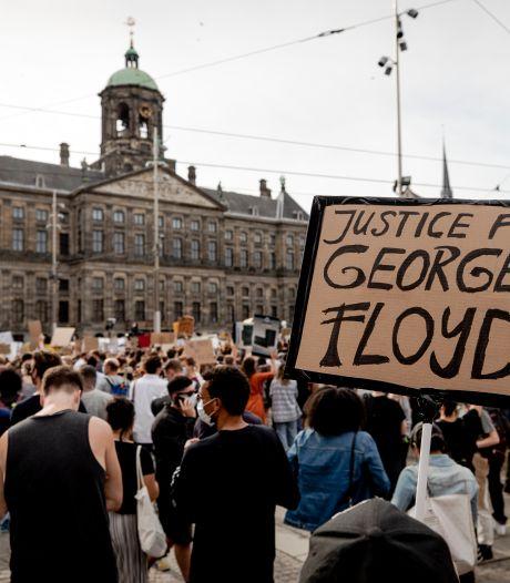 De Dam volgepakt met demonstranten tegen politiegeweld en racisme