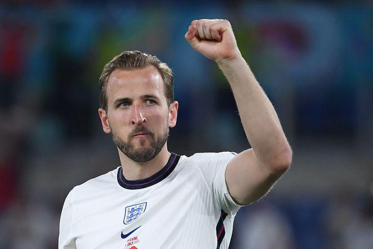De Engelse spits Harry Kane vond in de wedstrijd tegen Oekraïne weer eens het net.  Beeld AFP