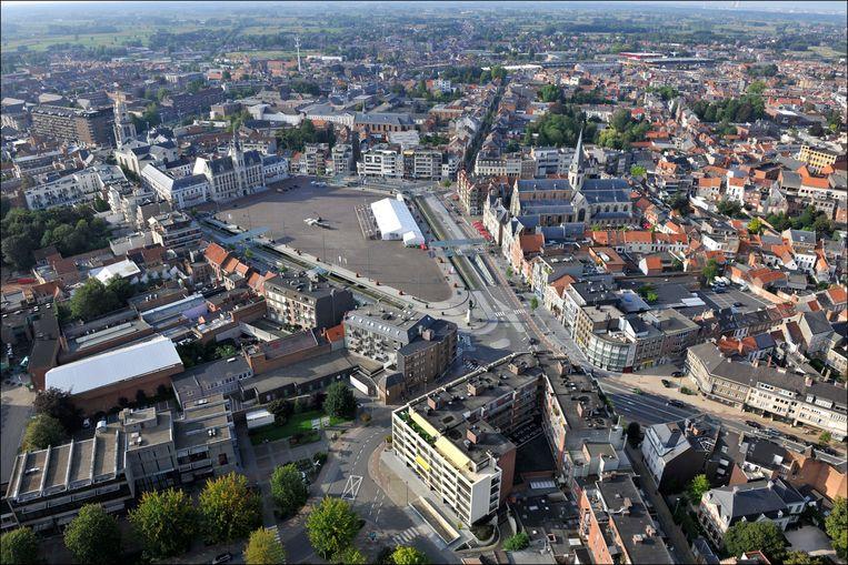 Sint-Niklaas gaat volgens de kansarmoede-index van 19,6 naar 22 procent. Beeld Photo News