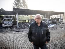 Jan (74) uit Vriezenveen ziet droomauto in vlammen opgaan: 'Al mijn spaargeld zit hierin'