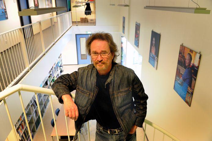 Auteur Jan J.B. Kuipers laat bezoekers Mysterieus Middelburg vanaf nu op eigen houtje ontdekken. Hij ontsluiert de geheimen van de Zeeuwse hoofdstad niet langer.