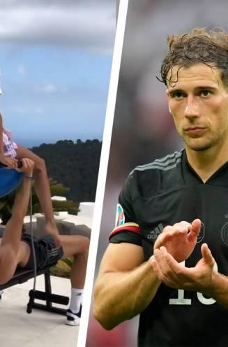 Vandaar de plotse transformatie: Bayern-middenvelder Goretzka heeft wel erg speciale manier om spieren bij te kweken