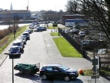Uren in de rij voor het milieustation in Breda, en dat wordt niet beter: 'Het is niet te doen daar'