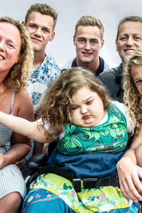 De laatste gezinsvakantie voor Oldenzaalse Vera (12): 'We weten dat het einde nadert'