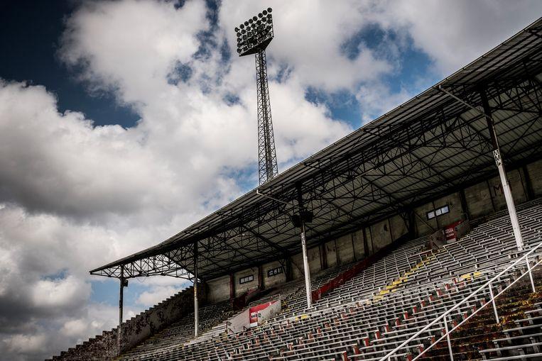 De tribune van het Bosuilstadion, thuishaven van Antwerp. Beeld Diego Franssens