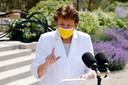 De Franse minister voor Cultuur, Roselyne Bachelot, kondigt de versoepelingen aan in Parijs.