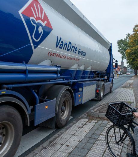 Zuiderzeestraatweg in Doornspijk hoog op de agenda: 'Moeten er eerst ongelukken gebeuren?'