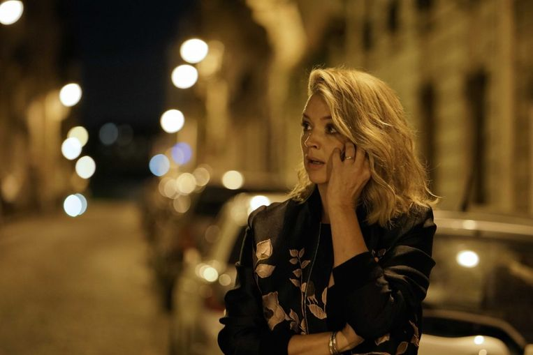 Virginie Efira in Dix pour cent. Beeld