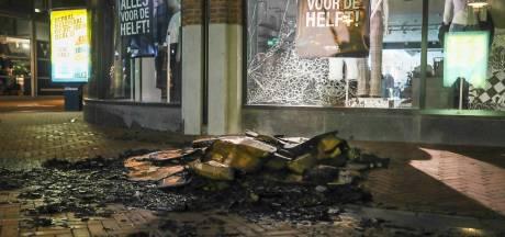 Winkelruit aan diggelen na brandje in binnenstad van Apeldoorn