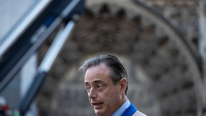 """De Wever haalt uit naar Groen over PFOS-vervuiling: """"Partij die op rechteroever zout legt op elke slak, blijkt op linkeroever heel nalatig te zijn geweest"""""""