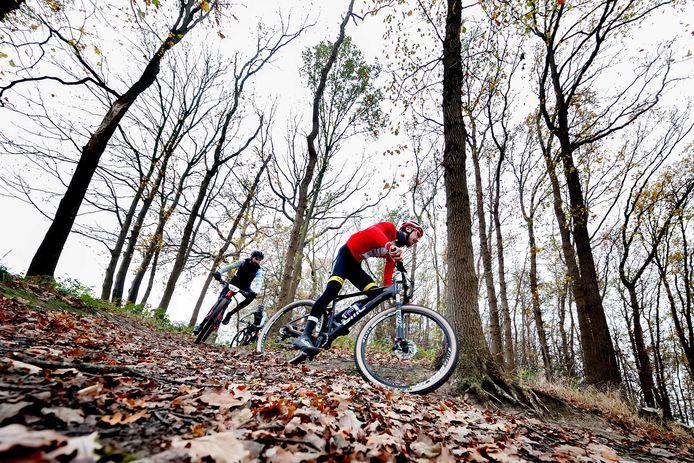 De Sirocco Mountainbiketocht in het bos nabij Onderstal, tussen Hoogerheide en Woensdrecht.