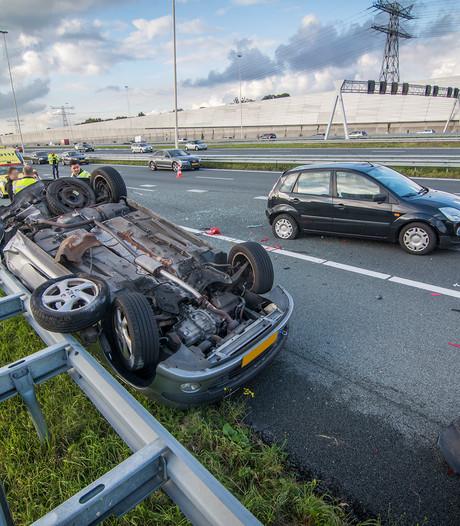 Ravage op A2 na ongeluk bij Maarssen