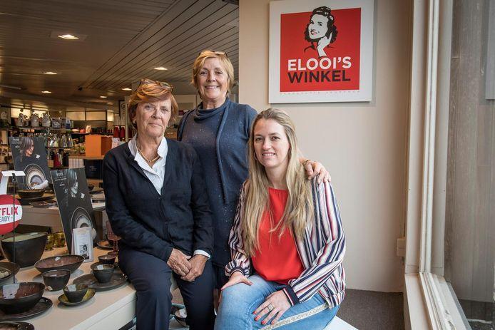 Zussen Cathy en Myriam Vandeputte met trouwe medewerker Sharon Deman in de winkel.
