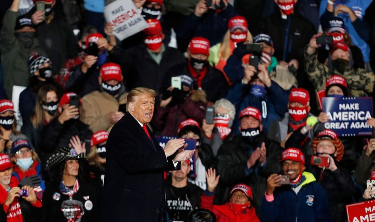 Donald Trump op campagne in Ery, Pennsylvania. Beeld EPA