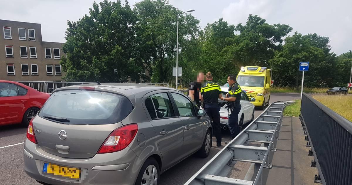 Vrouw gewond naar het ziekenhuis na aanrijding in Meppel.