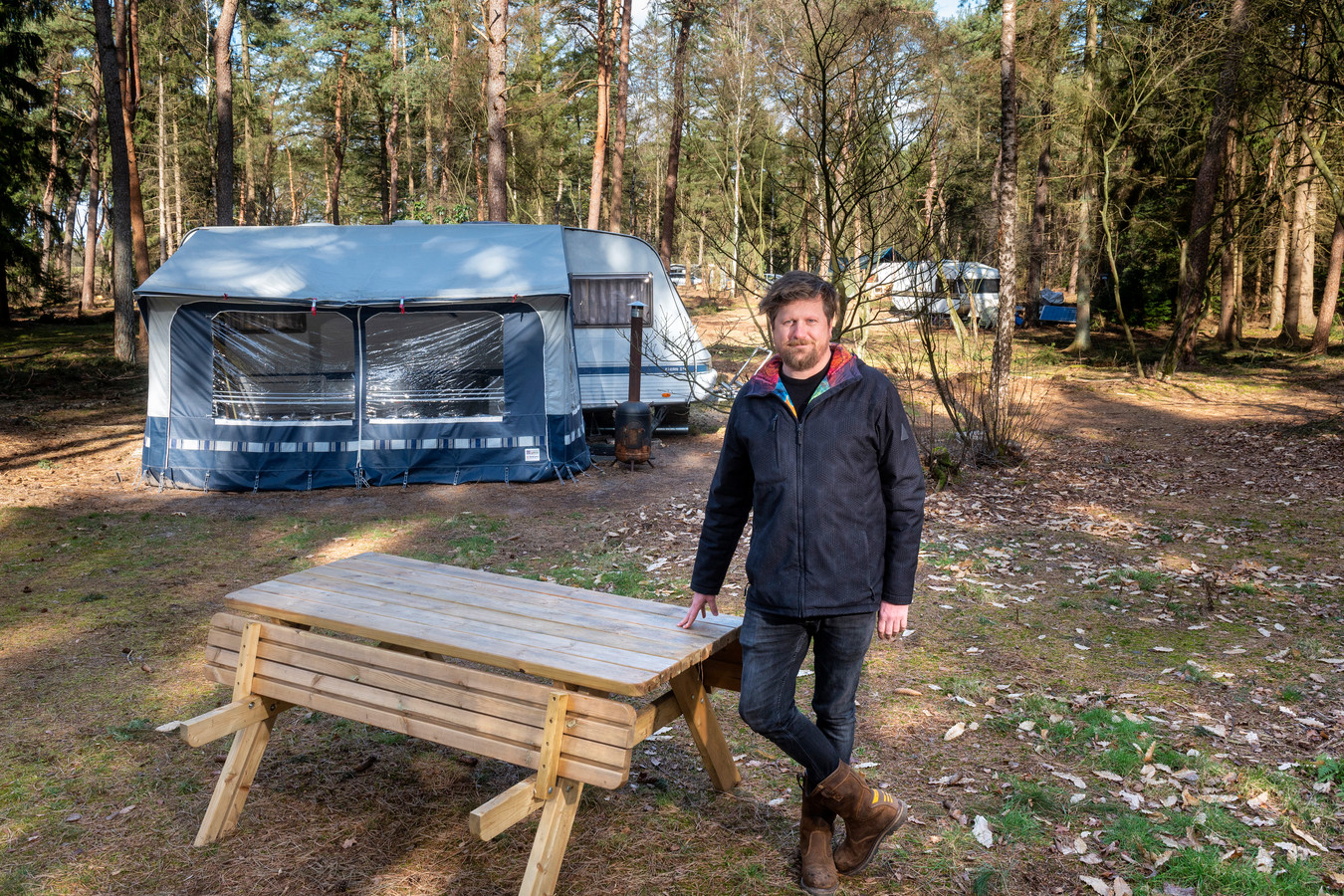 Lucas van Oostrum is een van de nieuwe beheerders van Natuurcamping Quadenoord.