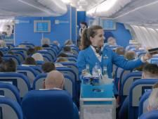 KLM biedt 'meer service' met een steward minder per vlucht