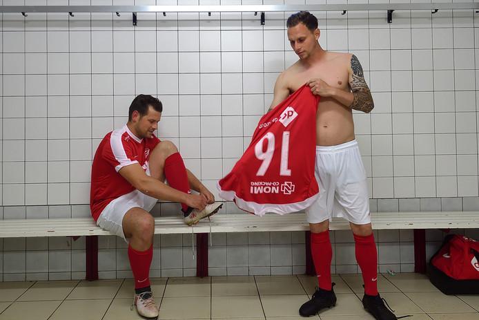 Marijn van Beers en Christian de Jong trekken zondag voor de laatste keer het shirt aan voor Rood-Wit 1.