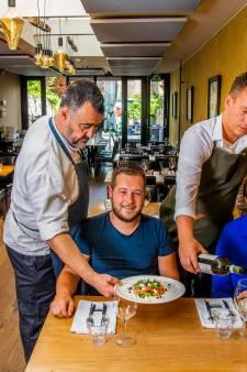 Restaurant Buiten Eten + Drinken adviseert zeer enthousiast over wijnen